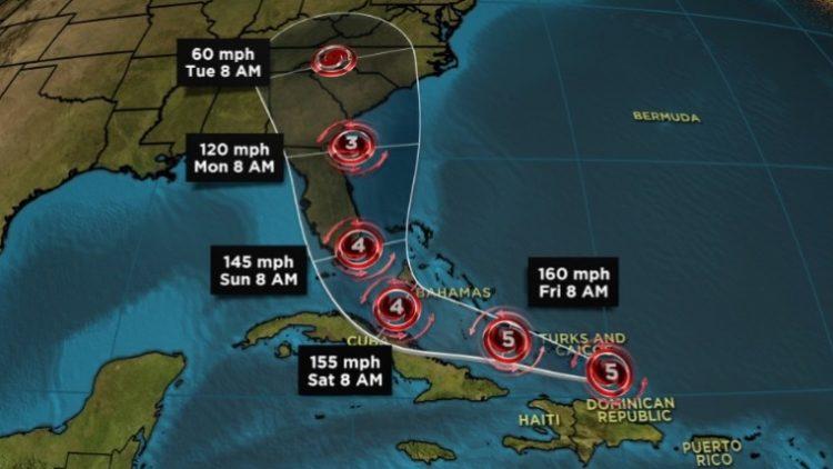 """Извънредна ситуация във Флорида във връзка с приближаващия ураган """"Ирма"""""""